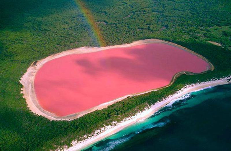 lago di Tovel lago Hillier in Australia