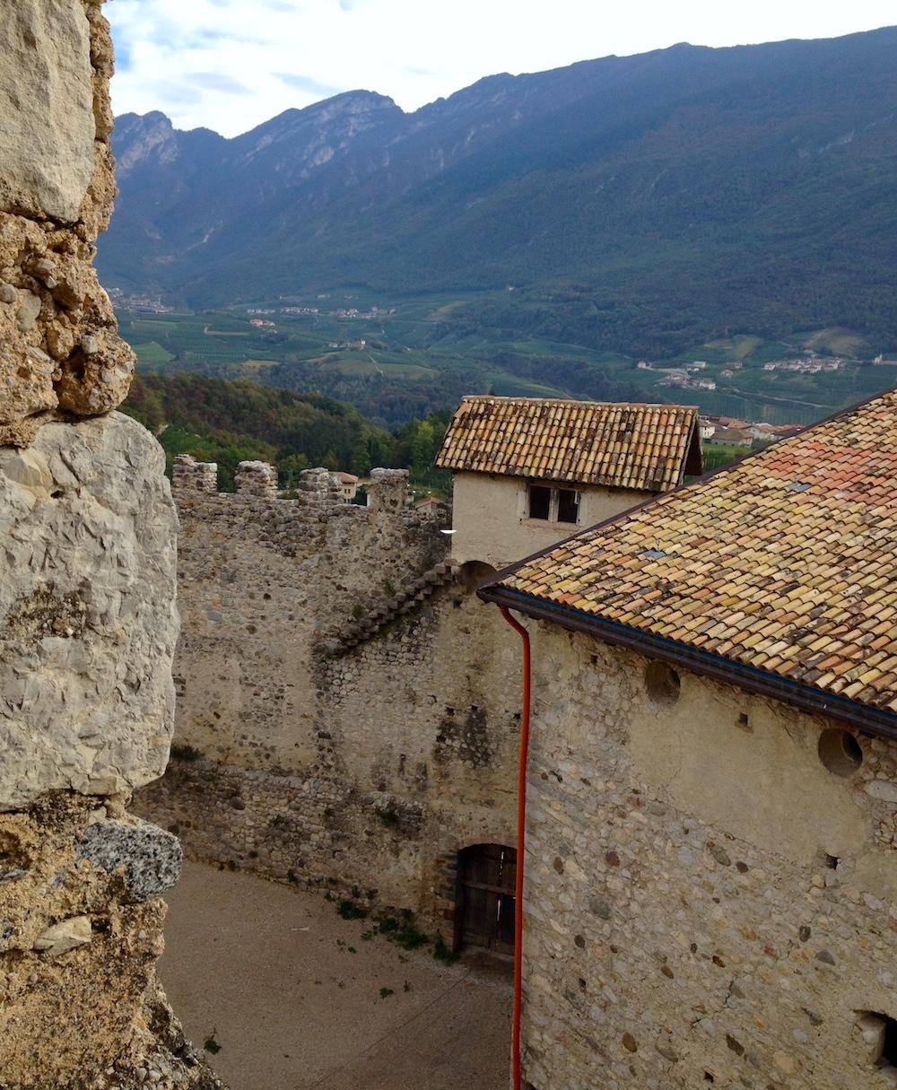 Castel Belasi - ilovevaldinon