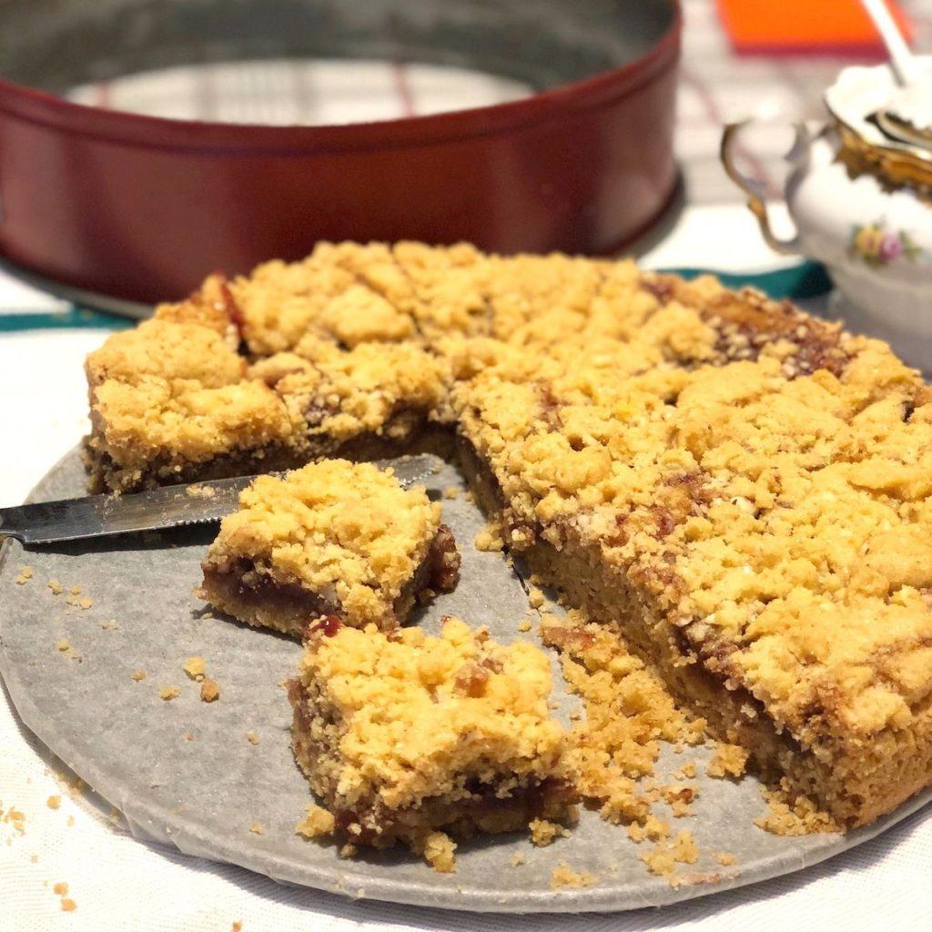 ricetta-torta da frigoloti con marmellata e noci