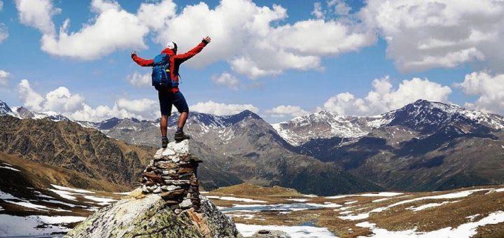 salita in montagna-lago trenta-michele webber-i love val di non
