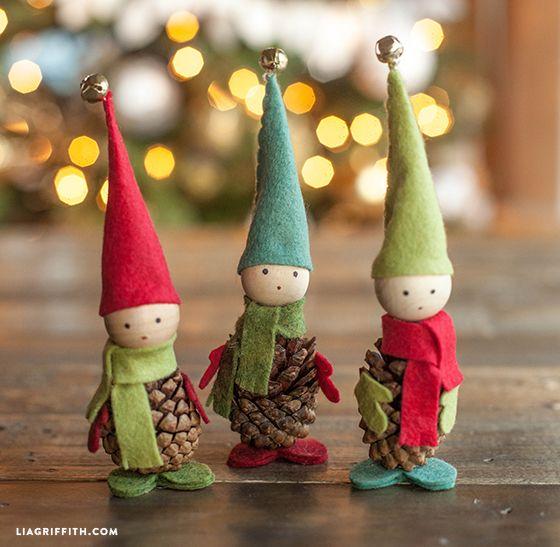 pigne-elfi e personaggi-addobbi di natale