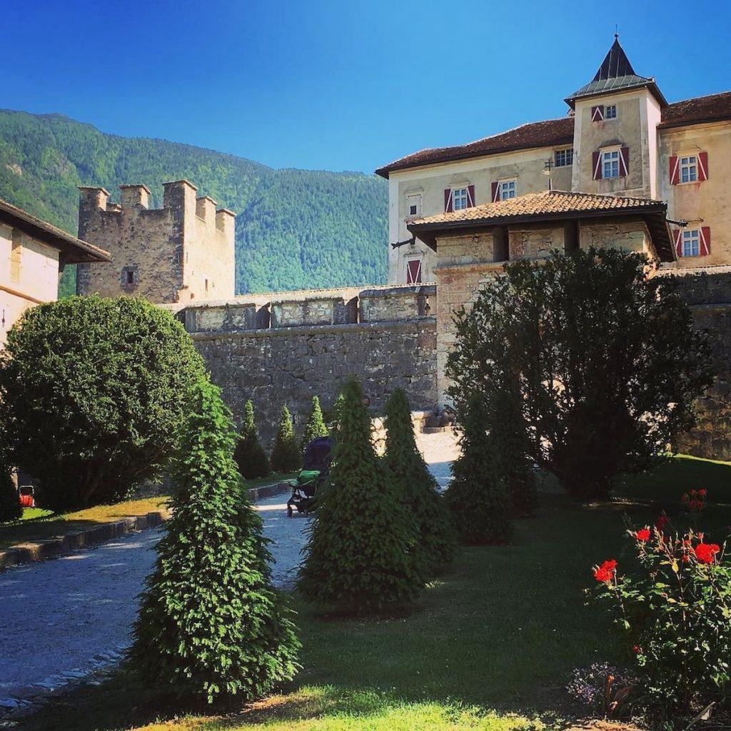 10 cose da fare in val di non-castel thun