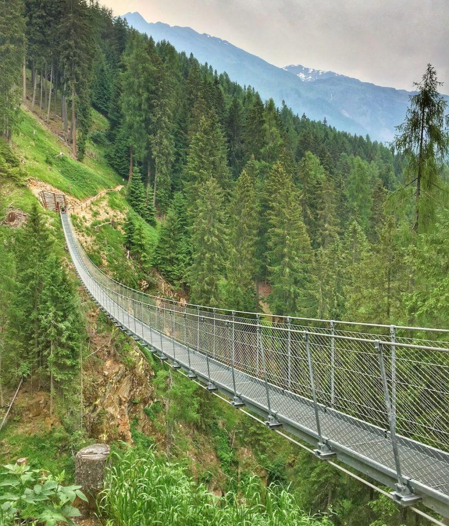 val di rabbi-ponte sospeso