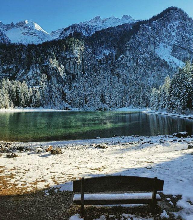 confronto estate inverno-lago di tovel in inverno