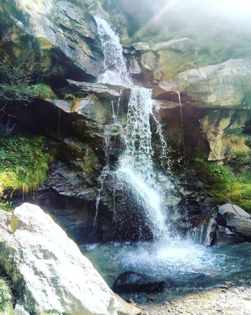 cascata covel-passeggiata lago covel-pejo