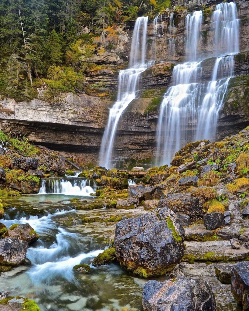 cascate di vallesinella-cascate in trentino