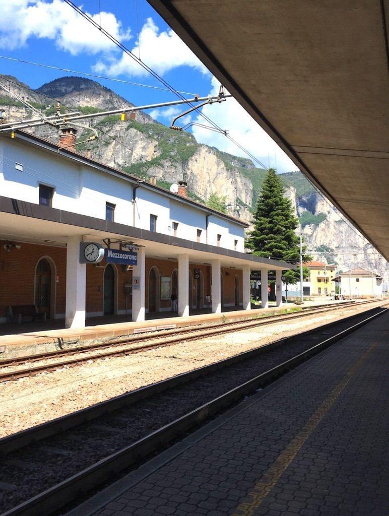 come arrivare in val di non in treno