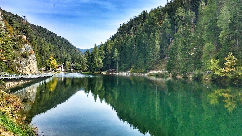 come arrivare al lago smeraldo di fondo