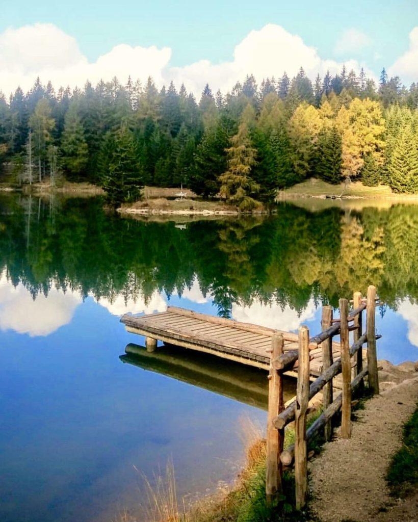 escursioni in val di non in autunno-lago di tret