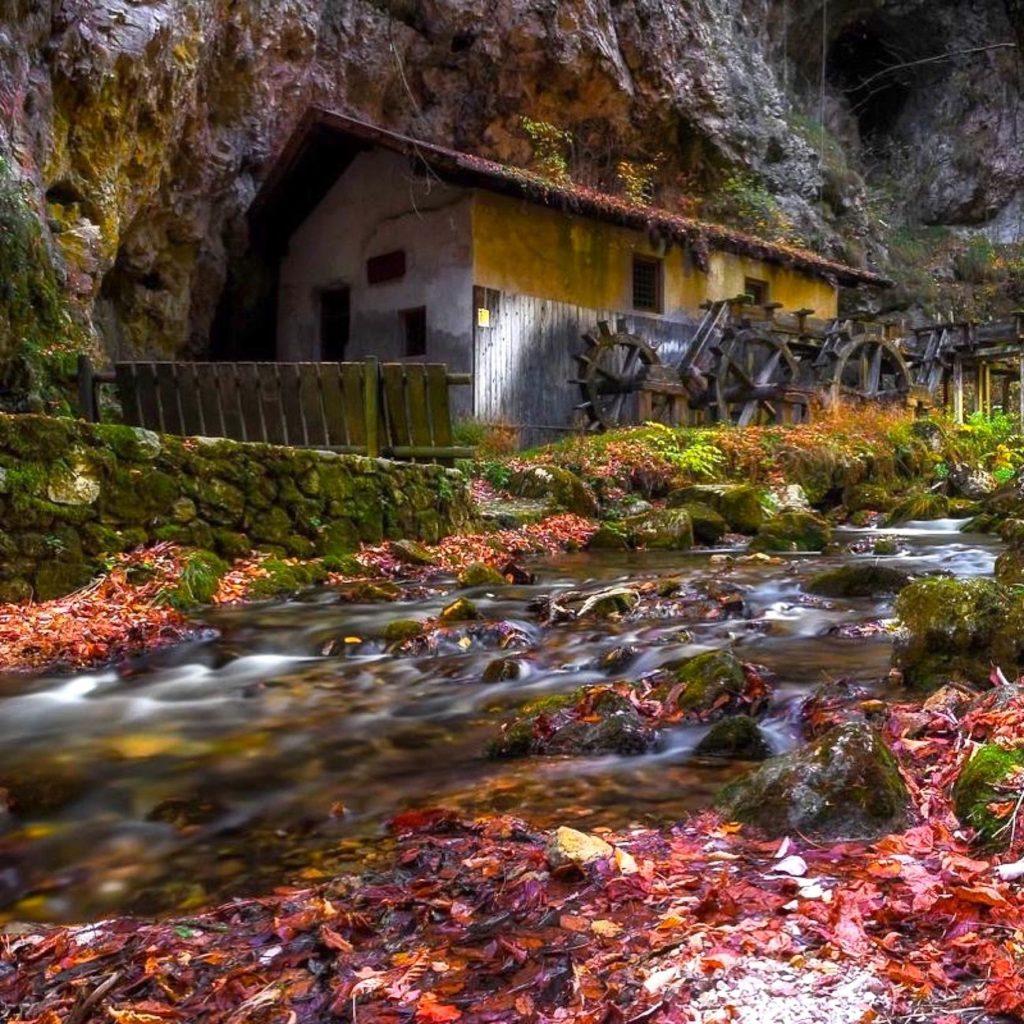 passeggiate d autunno in val di non-mulino di fondo