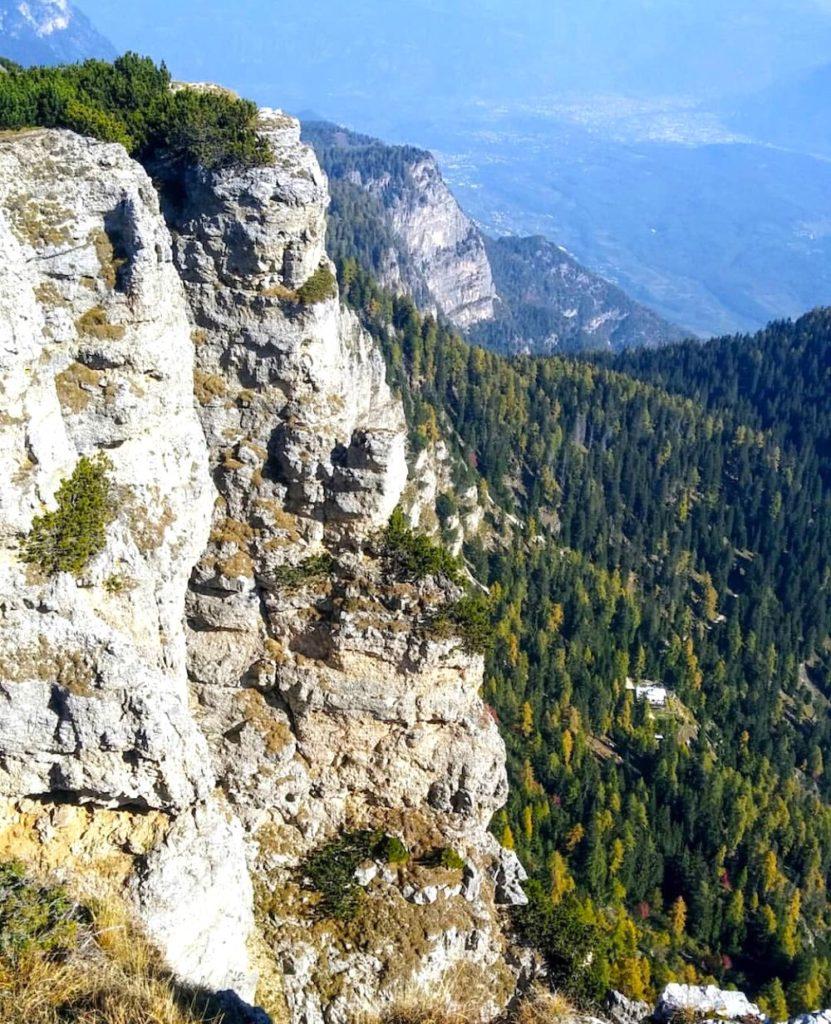 escursioni in val di non in autunno-monte roen