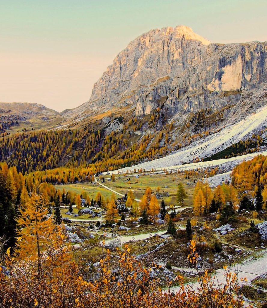 valli del trentino in autunno-val venegia