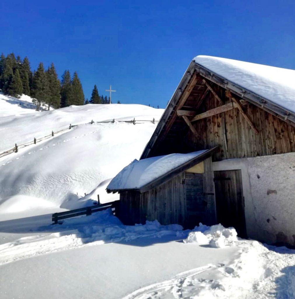 malga di lauregno in inverno-percorsi con le ciaspole in Val di Non