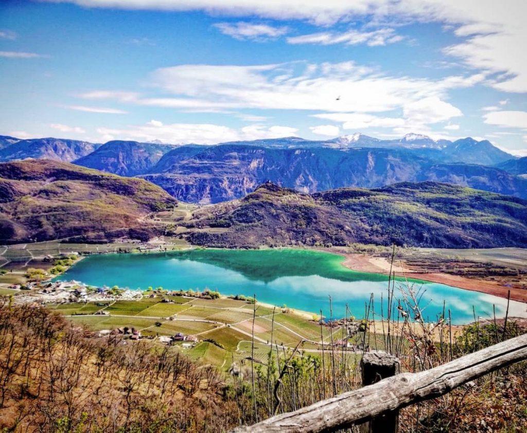 lago di Caldaro in primavera