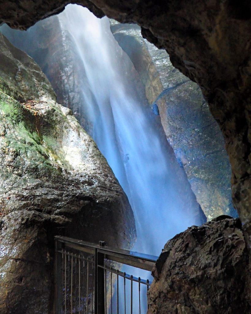 cascata varone-canyon in trentin alto adige
