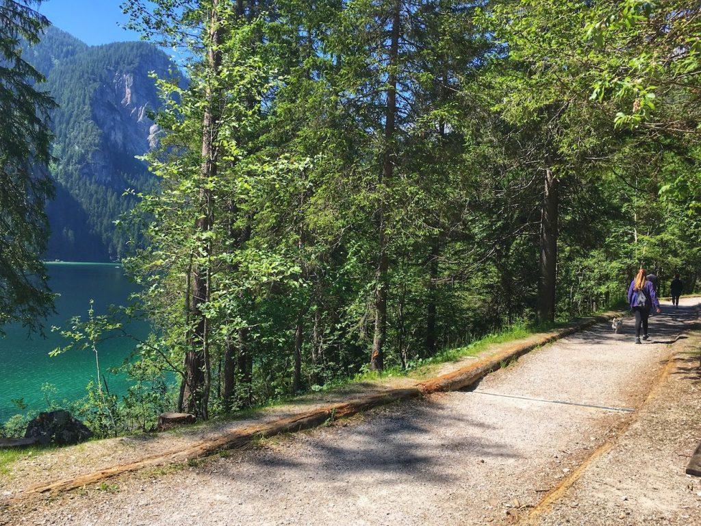 giro del lago di tovel-passeggiate in piano in val di non