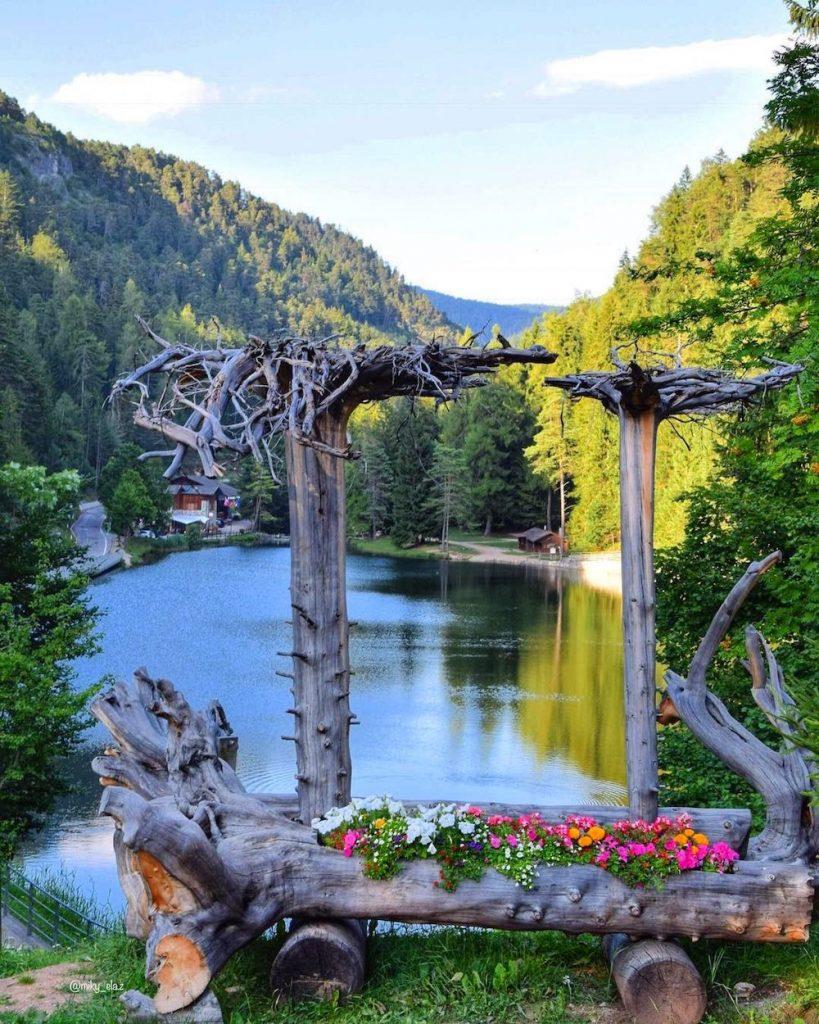 laghi in Val di Non raggiungibili in macchina-lago smeraldo