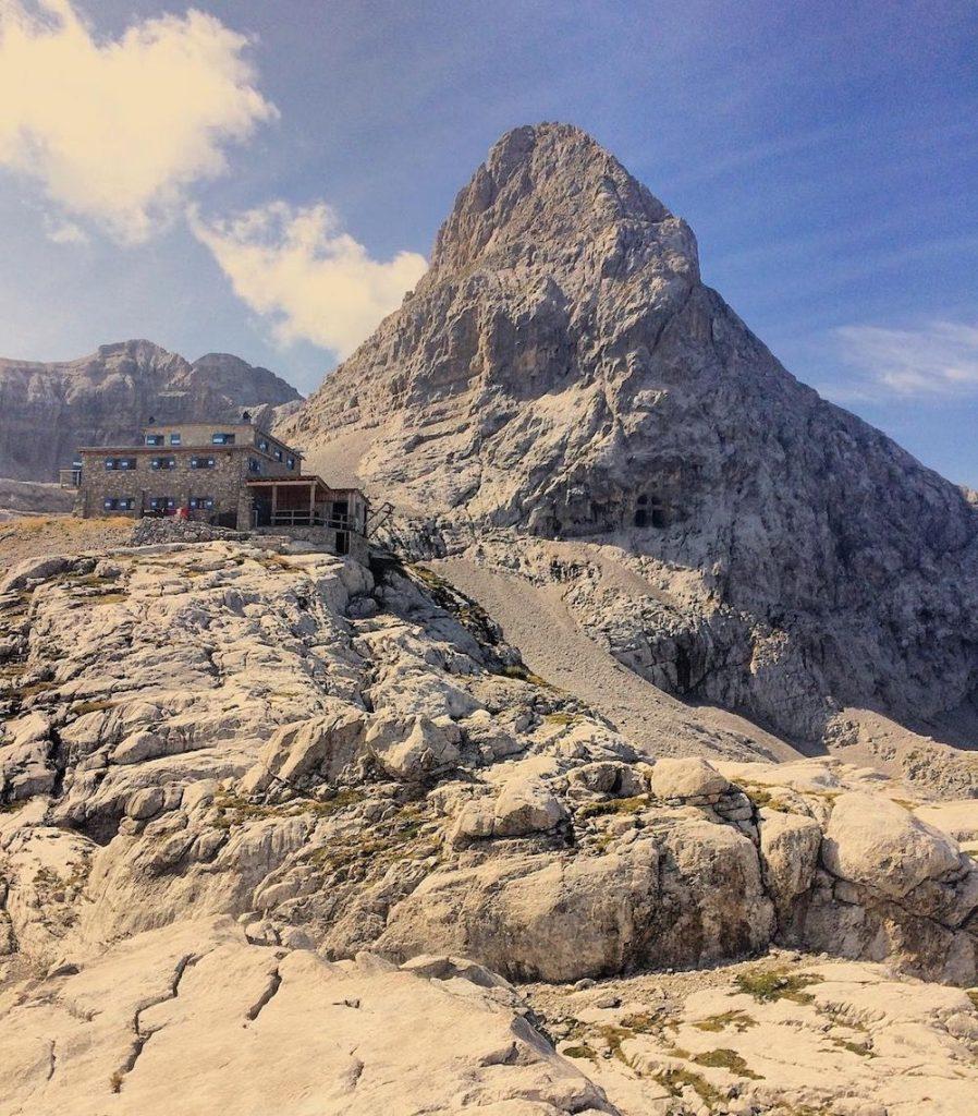 rifugi nelle Dolomiti di Brenta-rifugio Dodici Apostoli