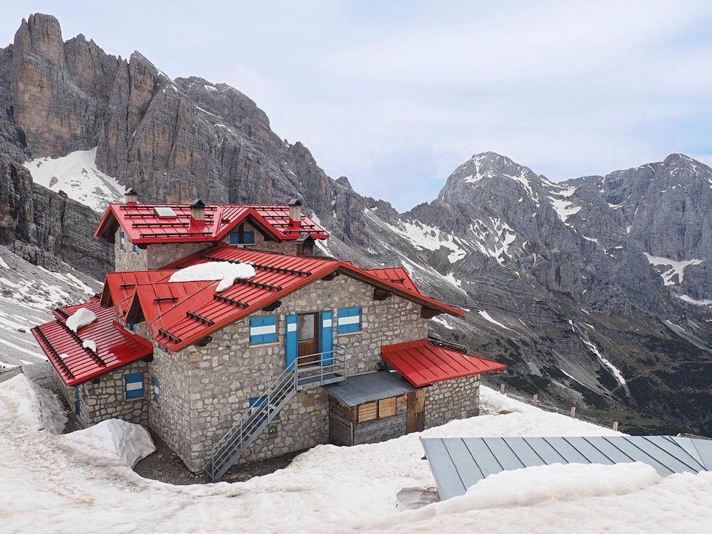 rifugi nelle Dolomiti di Brenta rifugio Agostini