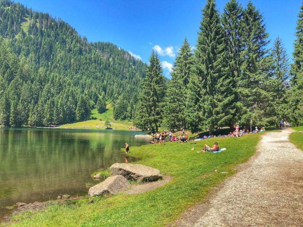 estate al lago dei caprioli val di sole