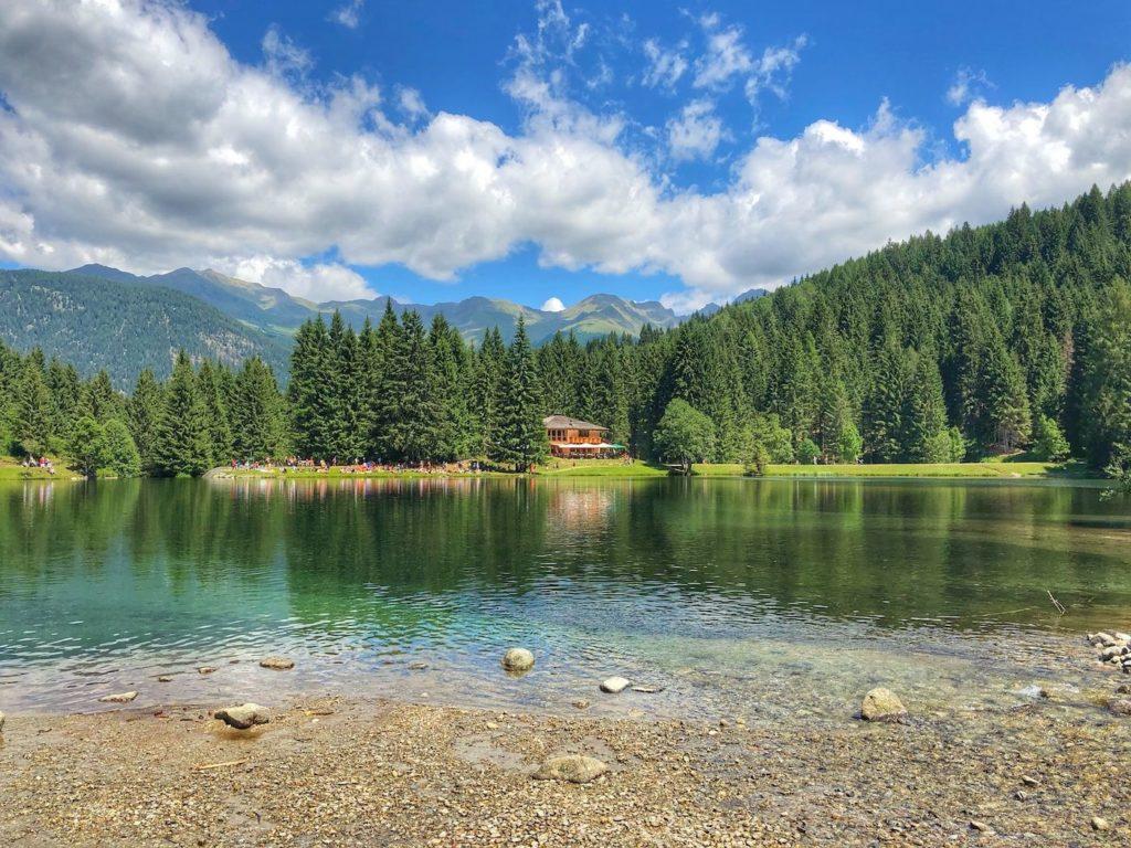 lago dei caprioli val di sole