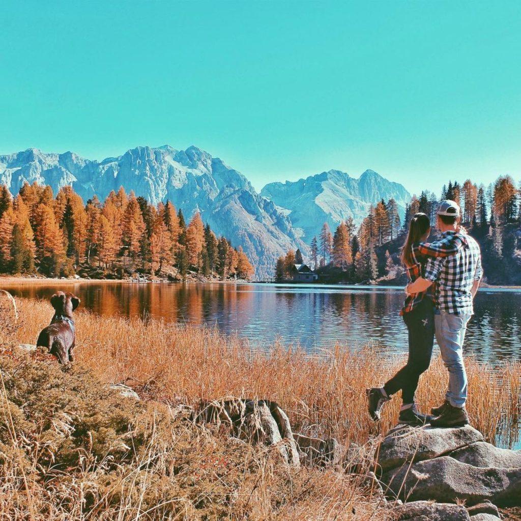 lago delle malghette in autunno