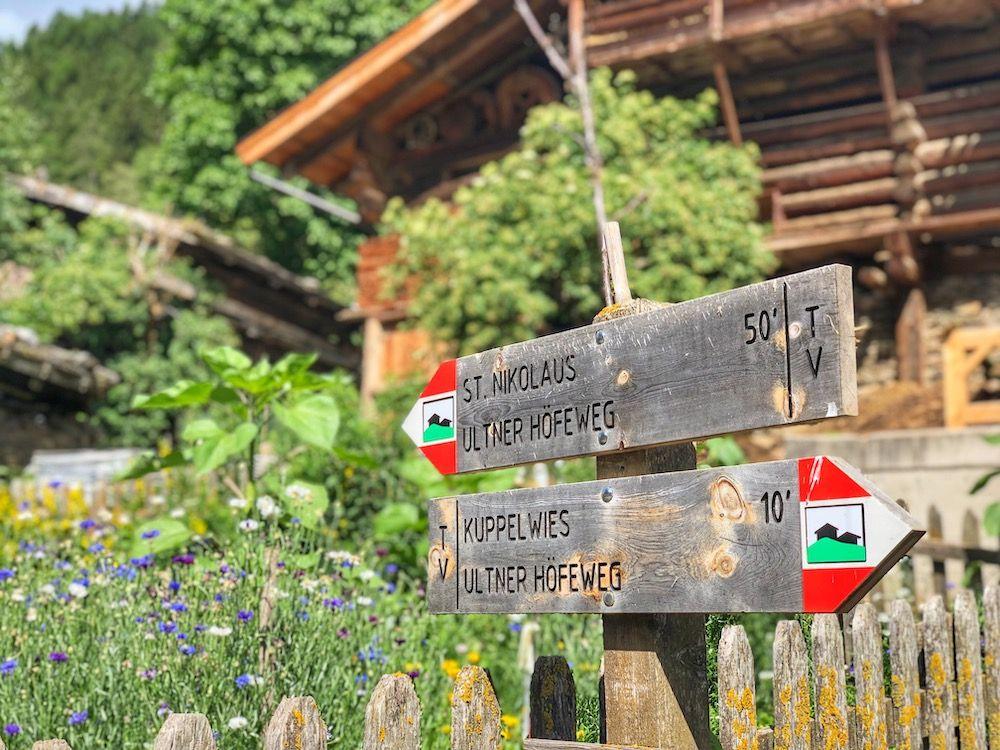 indicazioni passeggiata dei masi-ultner höfeweg