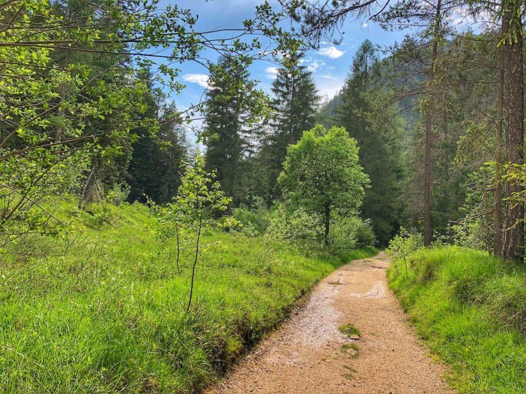 passeggiate dal lago Smeraldo di Fondo