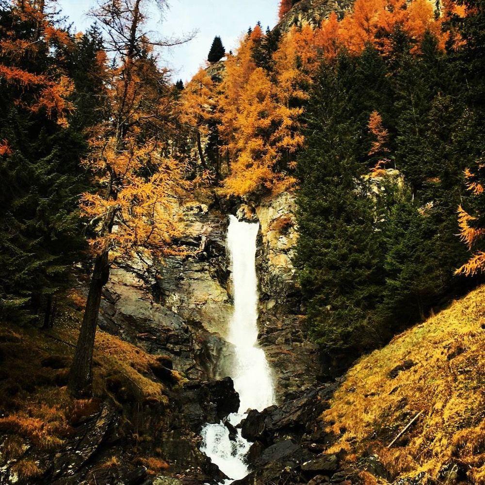 cascate di saent in autunno