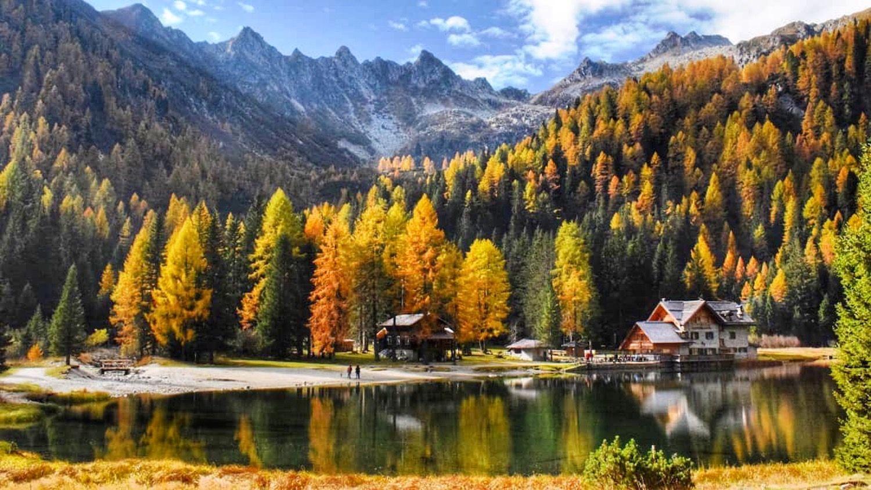 laghi in trentino in autunno-lago nambino