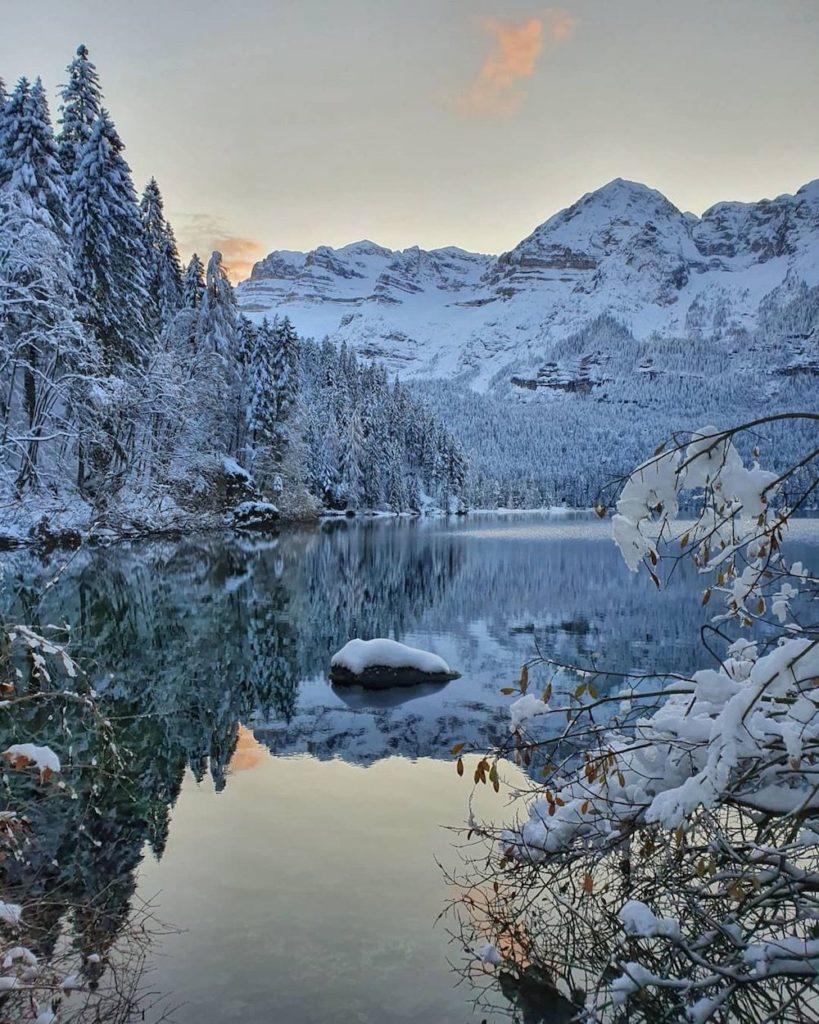 nevicata di novembre lago di tovel