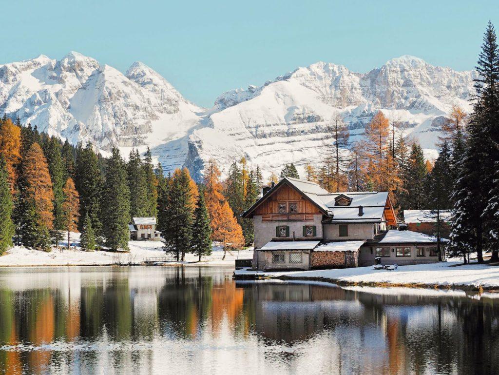 lago di nambino neve