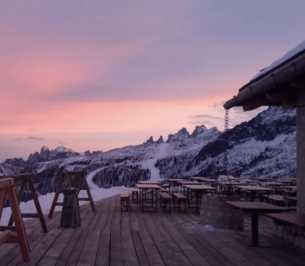 terrazze panoramiche in Trentino in inverno-baita paradiso