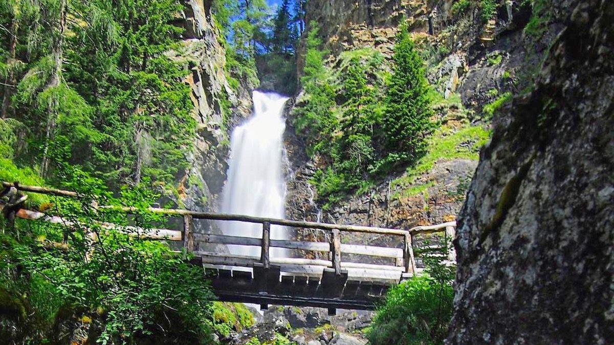 Giro alle cascate del Saènt, spettacolo puro in Val di Rabbi