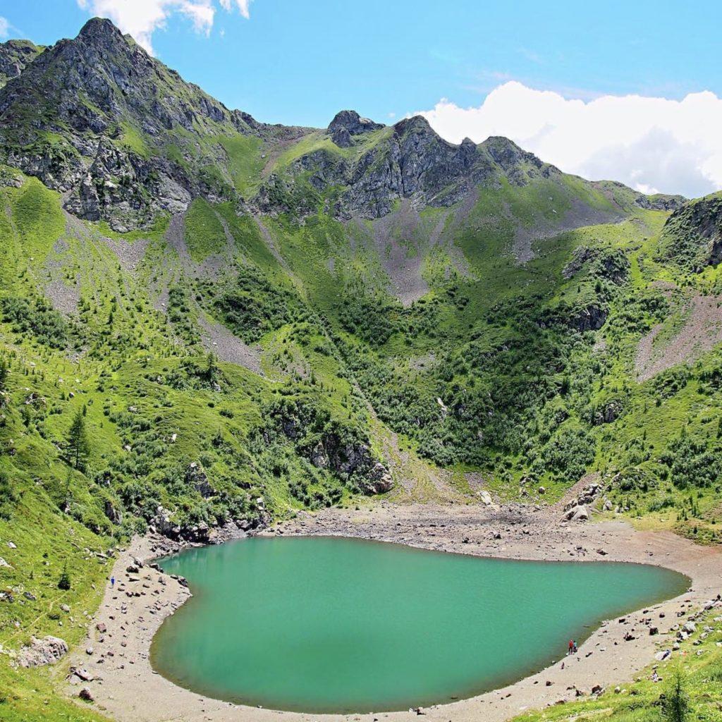 lago di erdemolo-lago a cuore