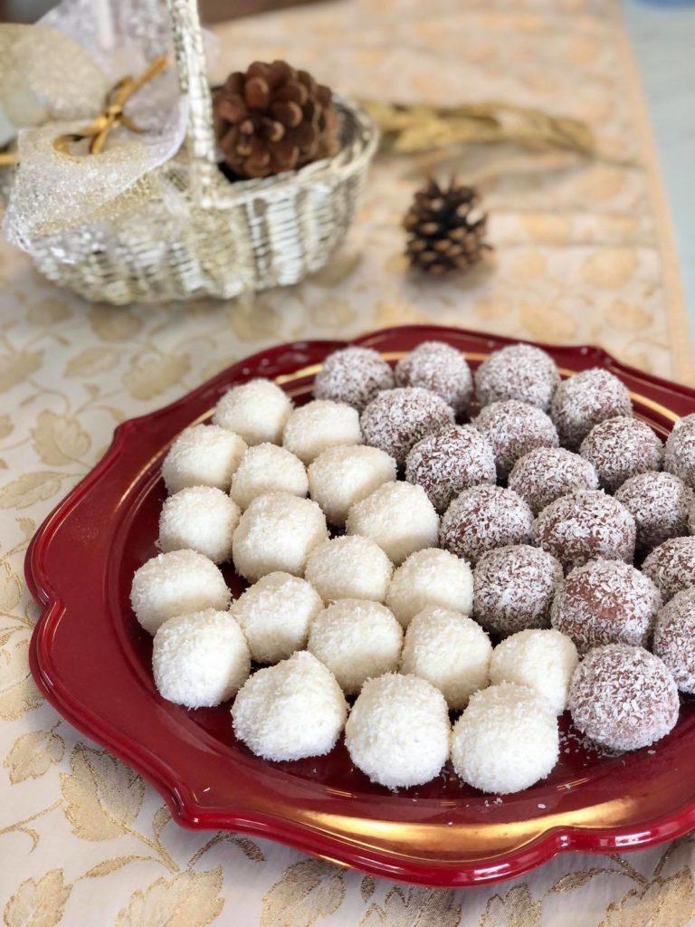palline di cocco e ricotta bicolore