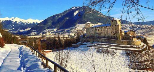 castel cles neve