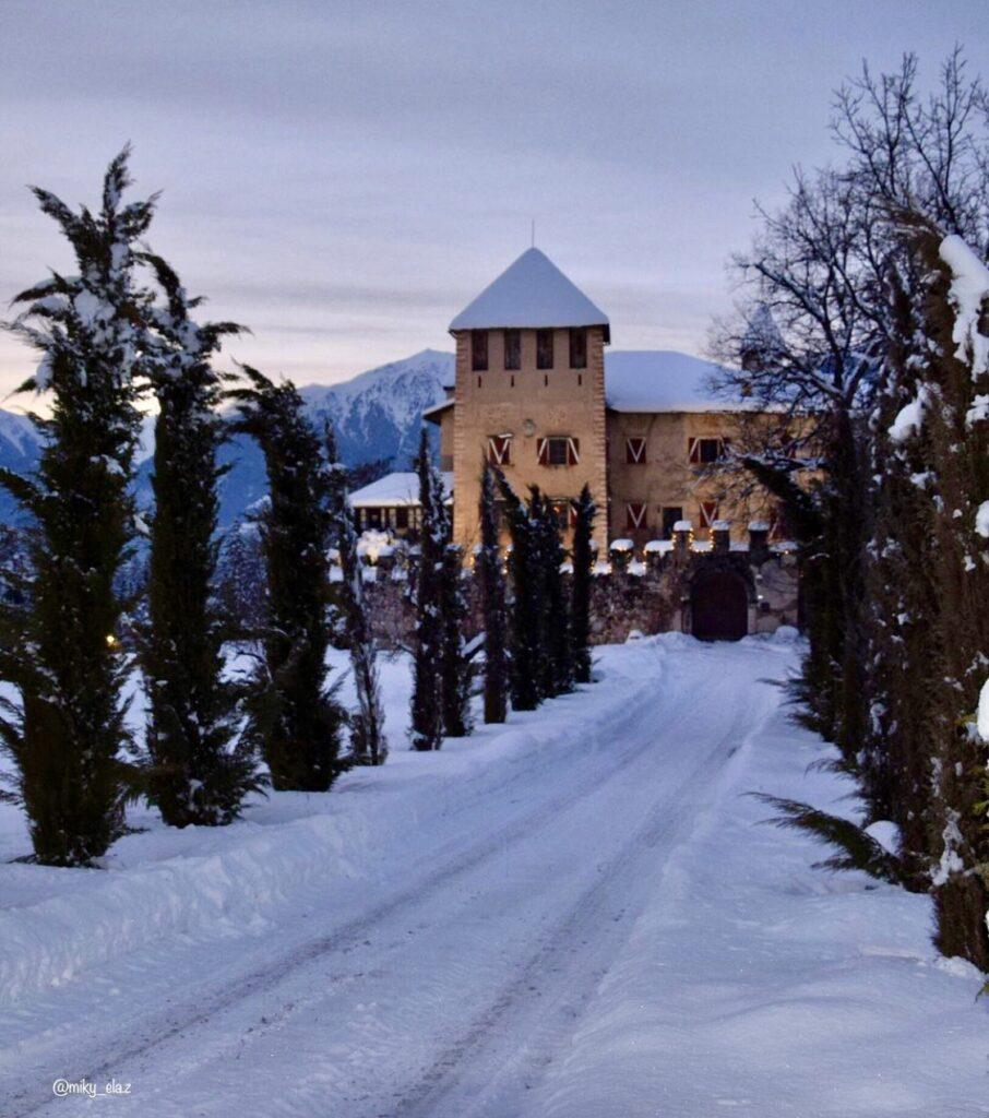 castel malgolo sotto la neve