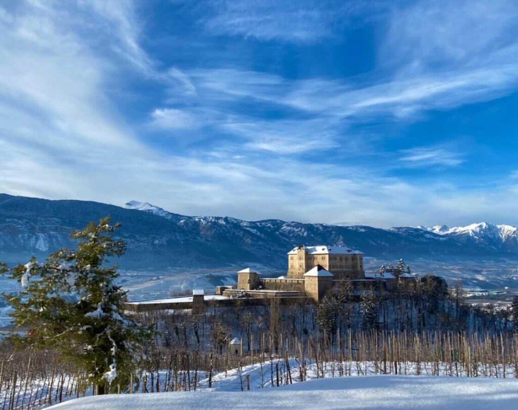 castel thun val di non inverno