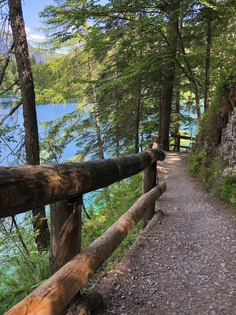 giro del lago di tovel sentiero