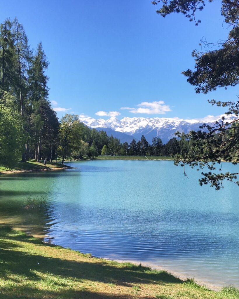 due laghi di coredo e tavon-vista dolomiti di brenta